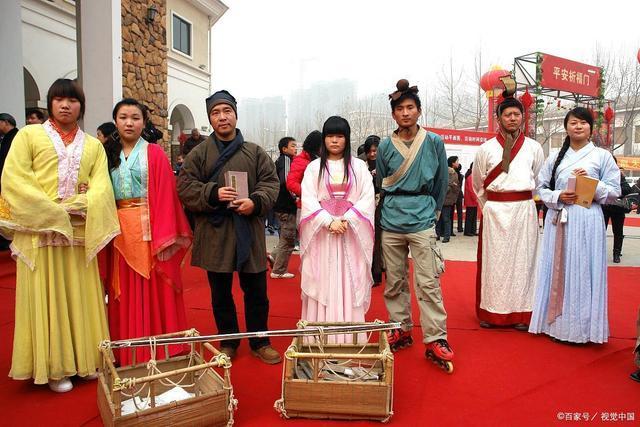 女豪杰雍氏,和丈夫誓死守卫京城,双双自缢!