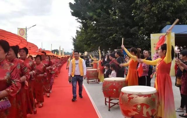 热烈祝贺广东公平镇米街黄氏敬爱堂祖祠重光落成