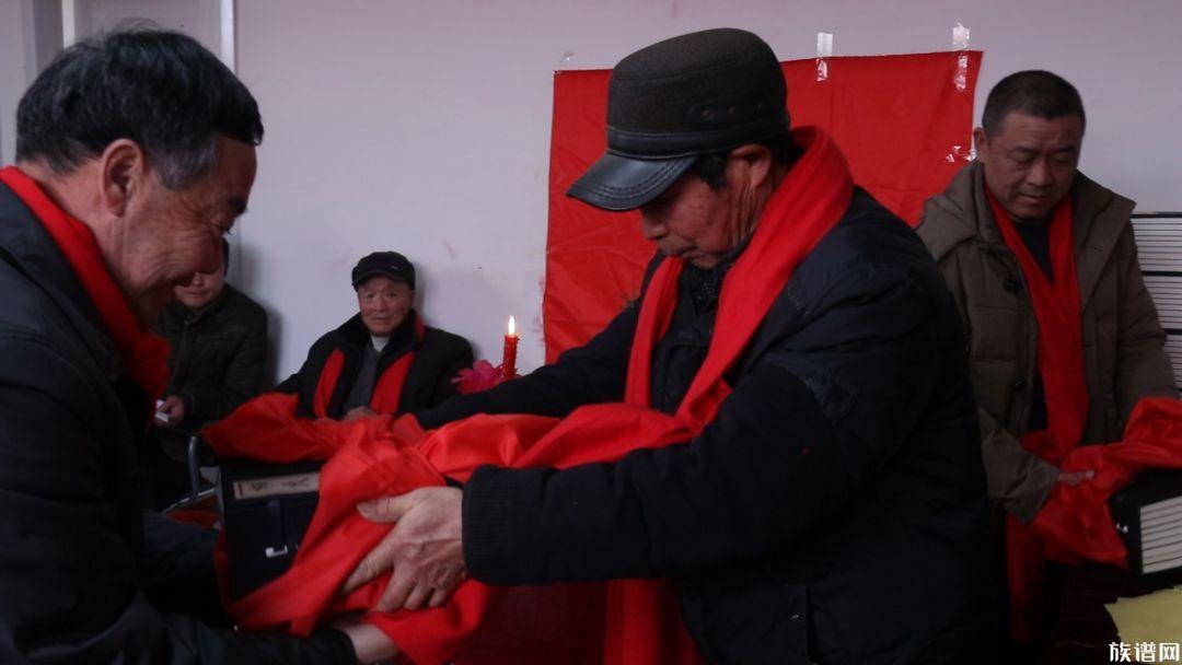 弘扬传统文化,赣榆相氏宗亲举办祭祖及请谱活动