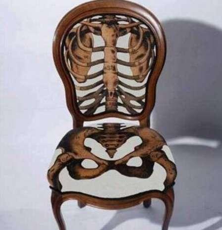 世界上最奇葩的椅子,形状似臀部能按摩